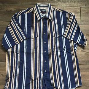 Wrangler shirt sleeve shirt